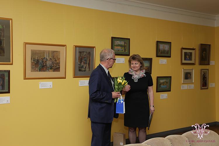 MTÜ Vene Muuseumi juhatuse liige Irina Budrik ning Riigikogu esimees Eiki Nestor