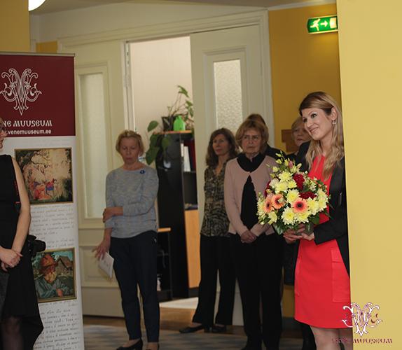 Rahvasaadik Viktoria Ladõnskaja (IRL) näituse avamisel