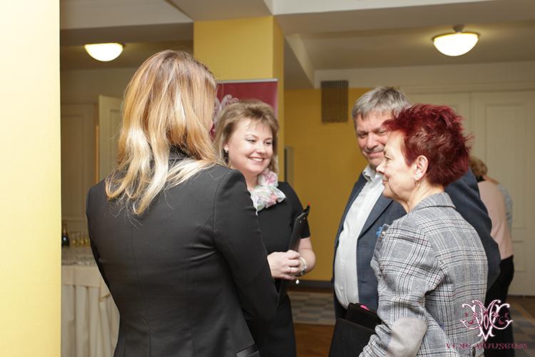 MTÜ Vene Muuseumi juhatuse liige Irina Budrik, rahvasaadikud Krista Aru (Vabaerakond), Viktoria Ladõnskaja (IRL) ning Aimar Altosaar (Vabaerakond)